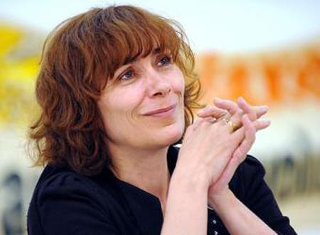 http://www.ecoloinfo.com/wp-content/uploads/2011/03/marie-monique-robin1.jpg